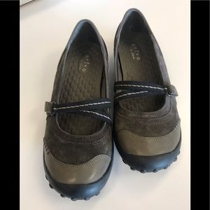 Privo olive green Mary Jane  style  comfort shoe